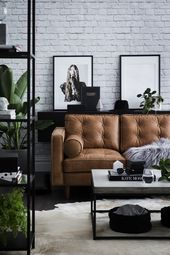 Wohnzimmer mit braunen Sofas: Tipps und Inspiration für die Dekoration