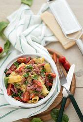 Pasta ovenschotel spinazie, tomaat en kalkoenspekjes | Eef Kookt Zo