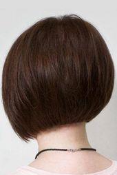 Schokoladenbrauner, abgerundeter, kurzer Bob-Haarschnitt #shortbob #shortbobhairstyles #hairsty …