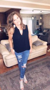25 Casual Styles for Women Over 40
