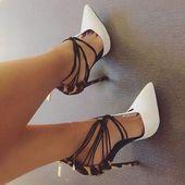 "Loveabundant en Instagram: ""¡Llego tarde! 😍👠💋 ♥ ️😘 #imlate #tues …   – High Heels und Schuhe"
