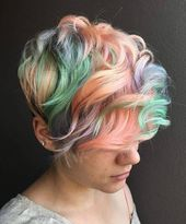 50 Bold Curly Pixie Cut Ideen, um Ihren Stil zu verwandeln – Neue Damen Frisuren