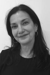 Eleni Cocordas Director Attended Art School In Philadelphia Where She Majored In Photography And Printmaking Alon New York Museums Art History American Art