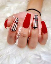 Burberry Nägel#fashiondesign #nailspiration #nail…