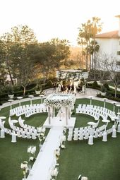 Bezaubernde weiße Kalifornien-Hochzeit im Monarch Beach Resort wedding ceremony