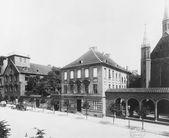1890 Das Gymnasium zum Grauen Kloster in der Klosterstraße Nr.74 Foto: F. A. Sc…