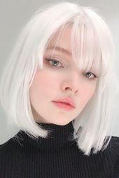 Starkes weißes Haar ist der Haarfarbentrend, den wir nie gesehen haben