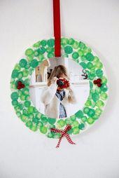 DIY: Selbst gemachter Pappteller-Weihnachtskranz als Geschenkidee für Oma und Opa – Lavender Blog   – basteln