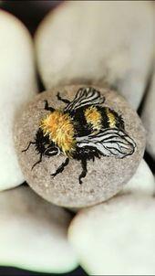 Hummel-Felsmalerei. Tolle Biene! Ich würde zuerst den Stein bemalen, um die sch… – Hetty J.