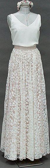 noni | Boho brudkjol med spets i elfenben och rosa – delfiner # brudklänning # två …