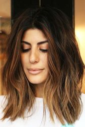 Medium Hairstyles For Brunette Girls Brown #mediumhair ❤ Let us guide you in the world of medium hair styles. We have a collection of the trendiest ...