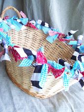 HomeSpun-Threads: DIY: Fix your wicker basket.  This would be a cute gift basket…