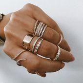Einzigartige Ideen zum Öffnen: Boho Jewelry Fashion Chanel Schmuck Poster   – Boho Schmuck