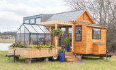 Dieses kleine Miniatur-Haus mit Wintergarten ist g…