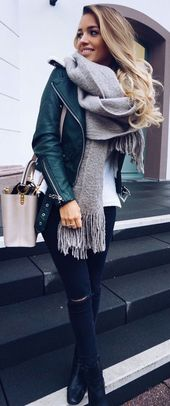 18 Casual Scarves Outfits For Fall And Winter