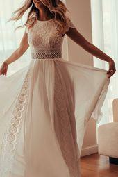 KALAKALA Kleid Das Jasmin Hochzeitskleid ist die ultimative Boho-Glam-Kombinatio