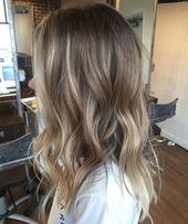 Ombre Haare Blond bis dunkelbraun
