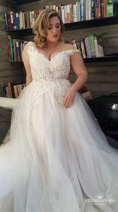 Plus-bröllopsklänning med vackert spets- och tyllkjol av Studio # … – New Ideas