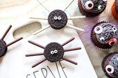 Wie man einfache Spinnenplätzchen-Leckereien für Halloween macht