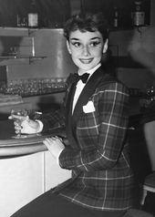 Audrey Hepburn en Londres, años 50. *   – Audrey