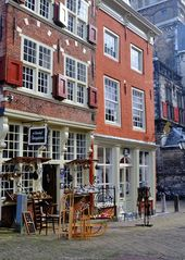 Zwischen Den Haag und Rotterdam liegt das hübsche Städtchen Delft! – Places to go