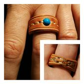 Leather-based Ring with Blue Glass Bead, Ring with Glass Bead, Leather-based Jewellery, Girl's Present, Males's Present, Engagement, Wedding ceremony, Hand stitched.