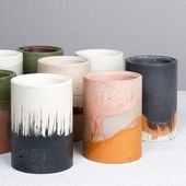 These DIY concrete planters are a stylish version of #industrial # material. by