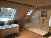 Hauptbad im offenen dachgeschoss: schlafzimmer von tim diekhans architektur,landhaus | homify