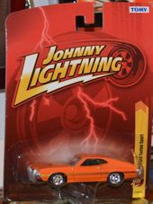 1972 Ford Torino Sport Johnny Lightning Forever 64 R25 1 64 Orange