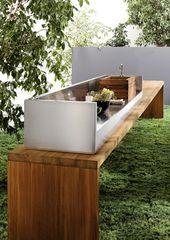 Outdoor kitchen furniture – functional garden kitchen set up