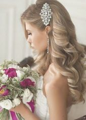 Elegant chic wedding hairstyle idea from Elstile – Vintage and antique wedding and bridal finds at  Ruby Lane Vintage #bridehair - #antique #elegant...