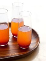 19 Holiday Punch Recipes That'll Make You Fall Drunk In Love – EDIBLE | inspiration