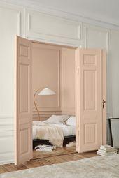 Die Farben sind so hübsch! Man merkt, dass die rosa Tür und das Zimmer ein hübscher … – apartment.modella.club sind