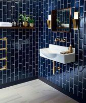 Salle De Bain Avec Mur En Carrelage Bleu Marine V Avec Bain Bleu Carre Avec Bain Ble Bathroom Interior Design Bathroom Colors Bathroom Design