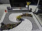 Hermosas 46 fantásticas ideas de jardinería en el jardín delantero. #fan … …