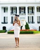 50 Gorgeous College Graduation Outfits Ideas For Women