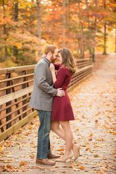 24 Cozy And Sweet Traps Engagement Shooting Ideas   – BRAUT MODE