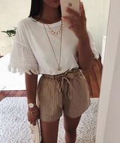 I actually love this outfit Pinterest // carriefiter // 90s vogue avenue put on st…