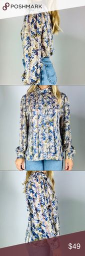 Vintage neutral floral Mockneck pleat front blouse…
