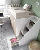 Zugbett mit Treppen und Schränken – kaity beto – Bett ideen – Bett Dekoration