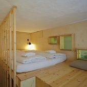 Hochetage Podest Bett Möbel Sideboard Regal Schra…
