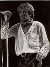 Rod Stewart and Cyndi Lauper announce new summer tour