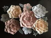 Photo of Giant paper flowers PSscrap