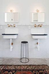 25 Fresh Farmhouse BathroomsBECKI OWENS – #bathroo…