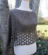 Kelley's Ponchito Crochet pattern by Julie Blagojevich | Strickanleitungen | LoveKnitting