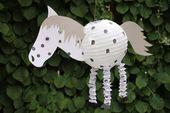DIY: Pferdelaterne und Dinolaterne basteln   – Basteln mit kindern