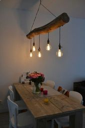 Hölzerne Baumstammlampe und Esstisch # Esstisch # Stammstammlampe #diylightfi