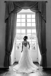 Wedding photos in the castle Biebrich in Wiesbaden #Schlossbiebrich #Wiesbaden #Wedding #Schloss #Brautpaar