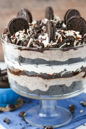 Oreo Cheesecake Brownie Trifle – layers of chewy brownie, oreo cheesecake, whipp…