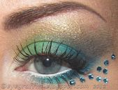 Peacock Inspires Dramatic Eye Make Up Ideas Peacock Eye Makeup Samples & T … #augen #augenmakeup #festlich #makeup
